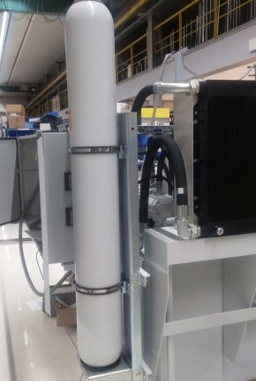Hybox with hydraulic accumulator for the Oil & Gas industry