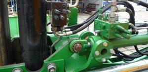 Hydraulic cylinder and manifolds