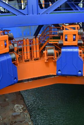 Hydraulic system accumulators